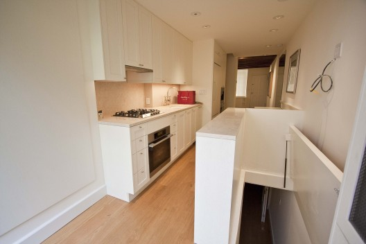 Skinny house kitchen